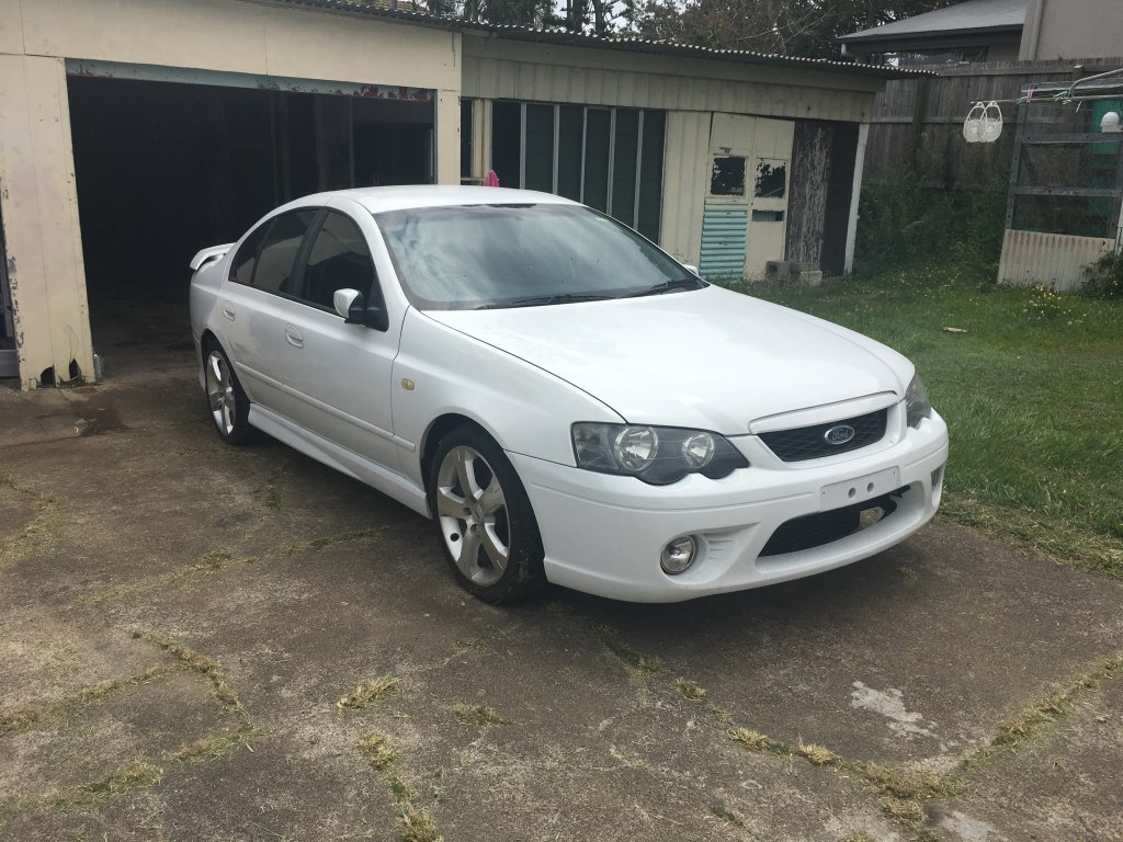 ford falcon 2004 xr6t owners manual